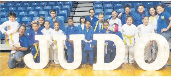 Delegación de Bayamón arrasa en judo