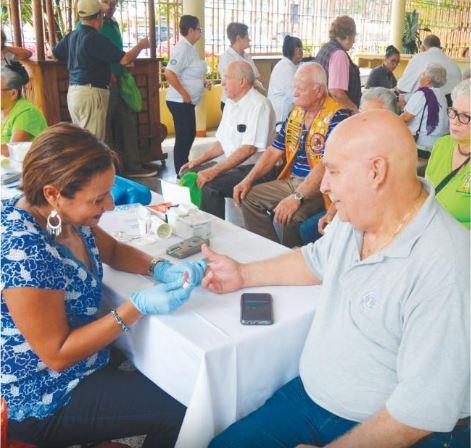 Concurrida Clínica de Salud en Bayamón
