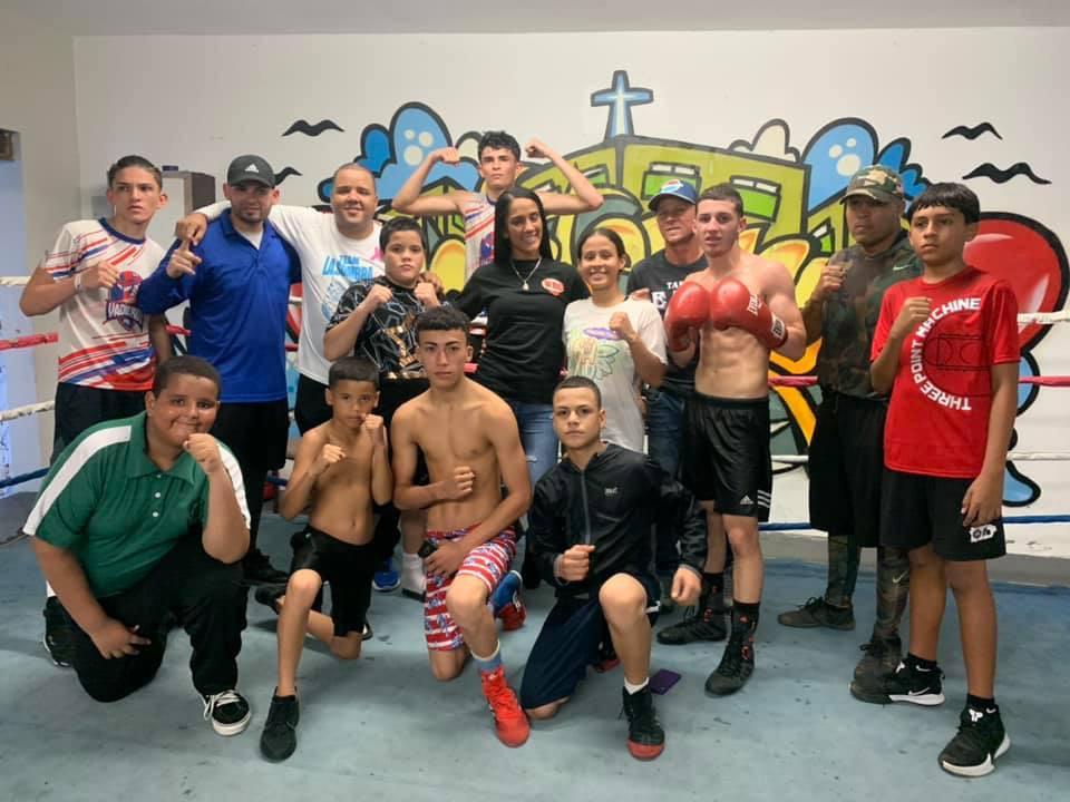 La Bayamonesa Amanda Serrano Visitó La Monterrey Boxing Academy