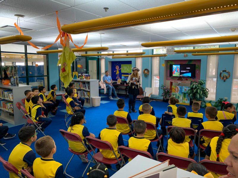 Estudiantes de la Escuela Heminia Rivera Visitaron la Biblioteca Municipal Dra. Pilar Barbosa