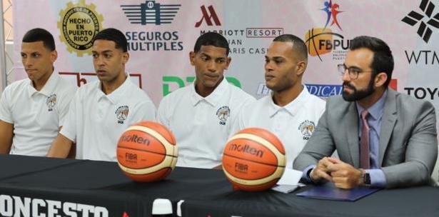 jugadores de baloncesto del módulo de 1072 de Bayamón
