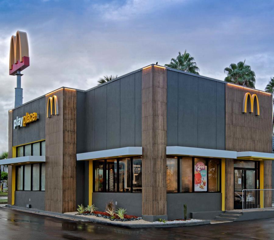 Modernizan Imagen de Restaurante en Bayamón