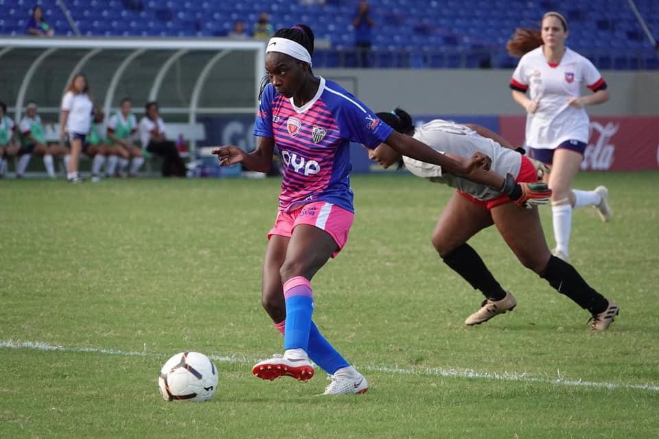 Jugadora de Bayamón FC Activa en Preolímpico CONCACAF