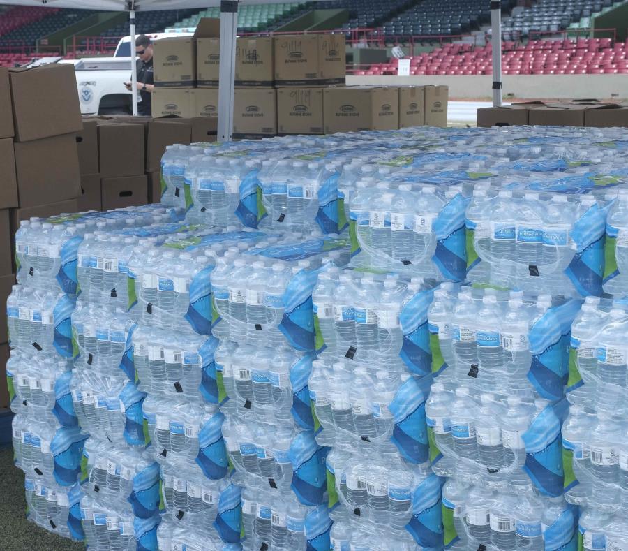 Coca-Cola establece centro de acopio en Bayamón para afectados por terremotos