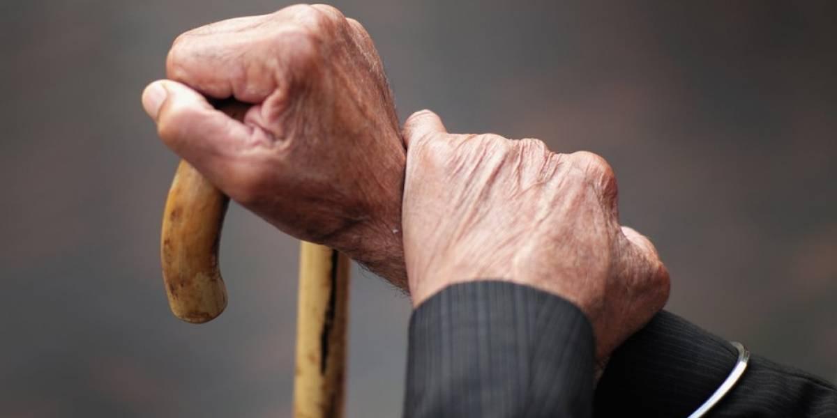 Centros de Salud Primaria 330 realizan pruebas COVID-19 en hogares de envejeciente