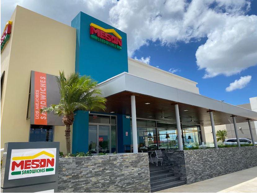 El Mesón Sándwiches Abre en Plaza Río Bayamón su Restaurante Número 41