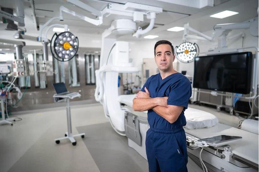 Un Especialista a la Vanguardia de la Cirugía Cardiovascular