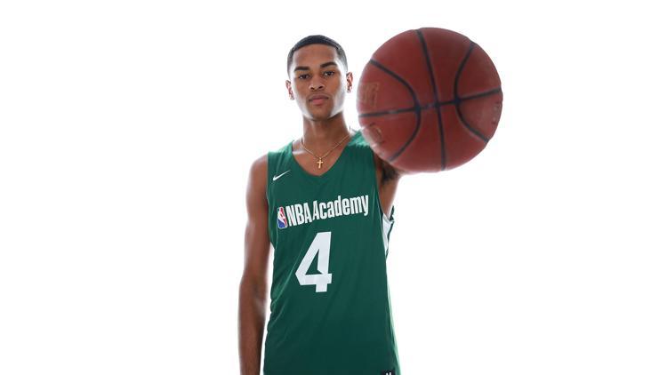 Joven Bayamonés Aprovecha Experiencia en la NBA Academy
