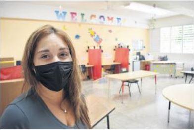 personal de la Escuela Elemental Inés María Mendoza de Bayamón