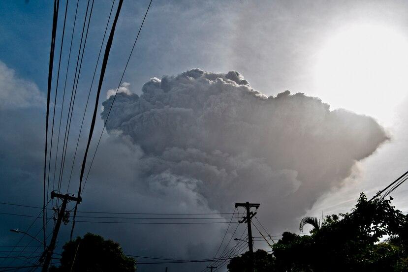 Establecen uno de los Centros de Acopio para los Damnificados del Volcán La Soufrière en Bayamón