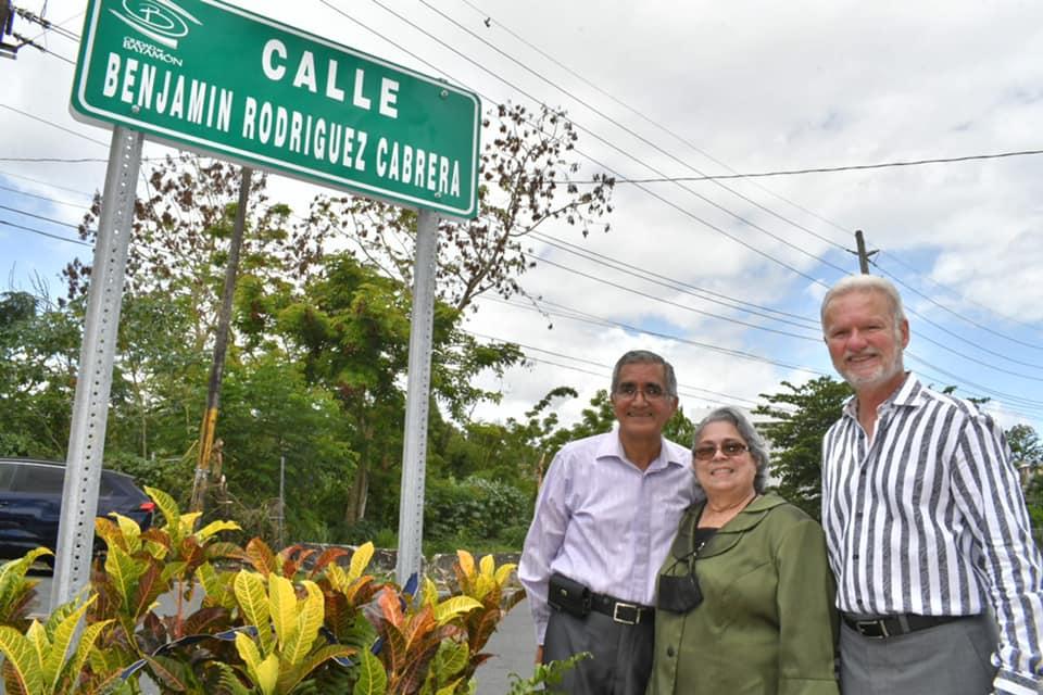 Dedican Calle a Pastor Bayamonés