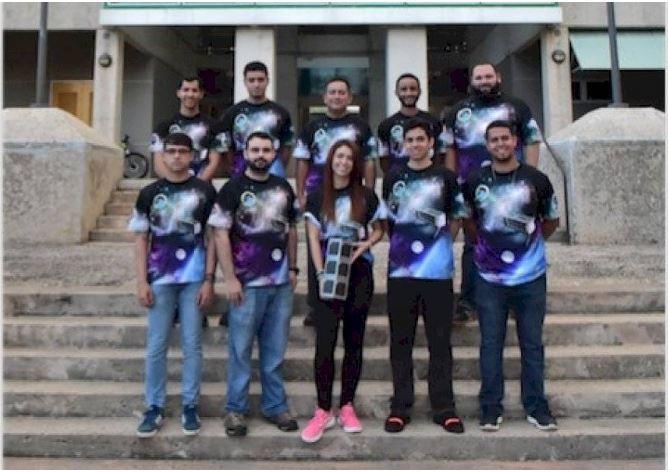 Anuncian Hora de Lanzamiento del Primer Satélite que Llegará al Espacio Hecho por Estudiantes de la Escuela de Ingeniería del Recinto de Bayamón