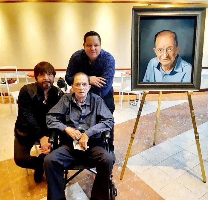 Yoyo Boing se Emociona Durante Homenaje Sorpresa en el Municipio de Bayamón