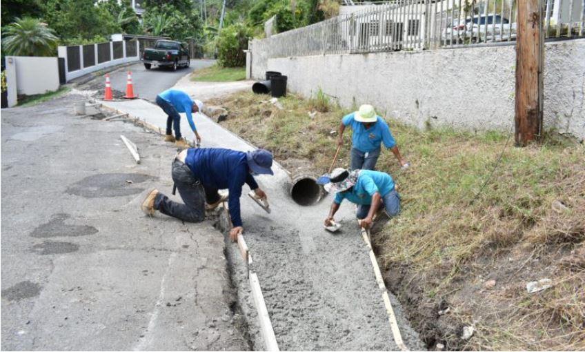 Continúan los Trabajos de Repavimentación y Construcción de Cunetones en Bayamón